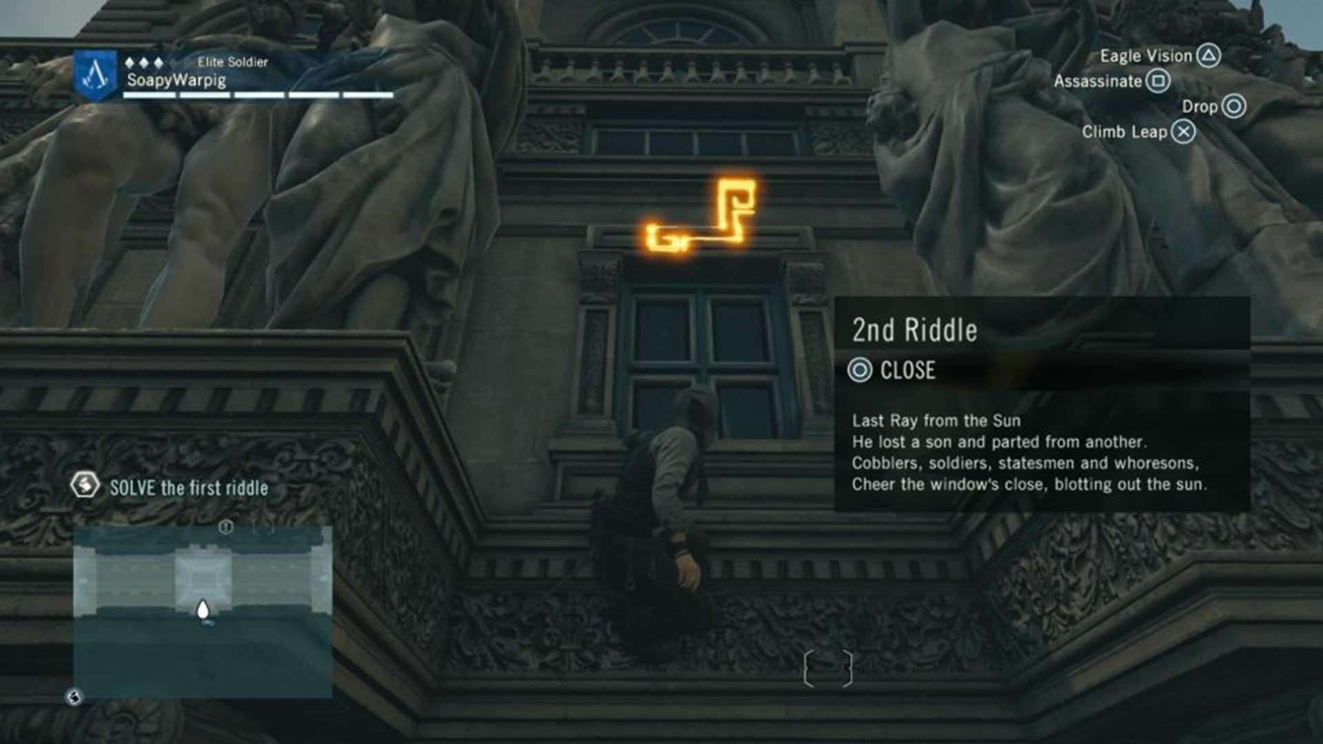 Поднимитесь по фасаду здания, чтобы найти следующий символ.